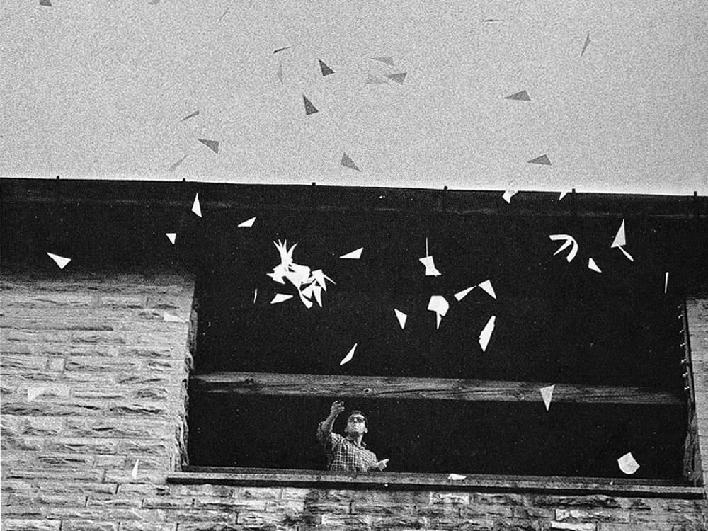 02-Making-Air-Visible-by-Bruno-Munari